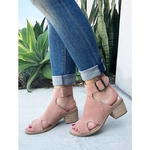 Sole Society Tally Suede Sandal 6.5M